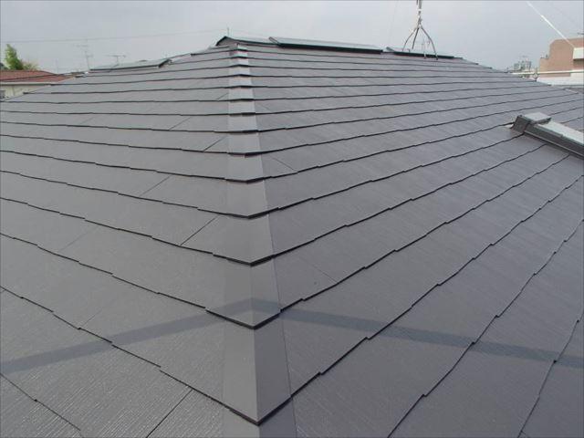 施工後の屋根です。遮熱塗料で綺麗に塗装しました。
