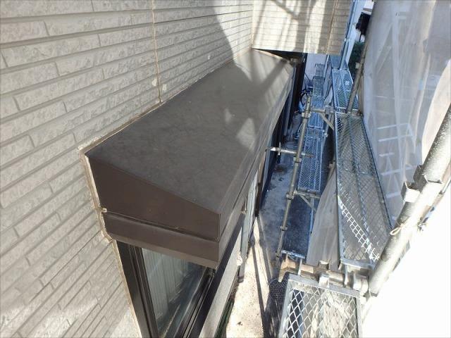 外壁塗装S様邸外壁ビフォー(シャッターボックス)