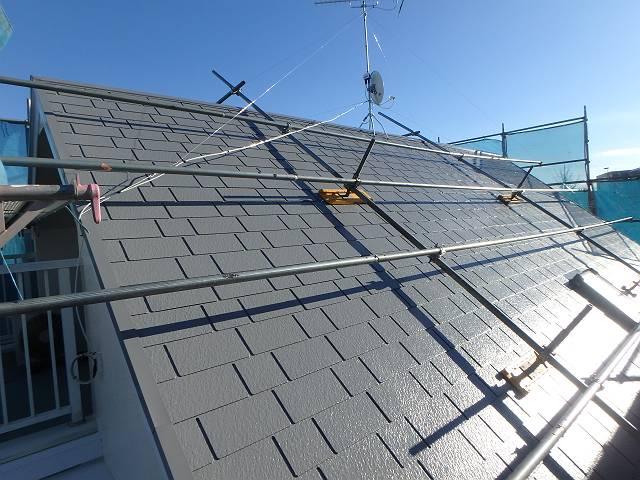 遮熱効果の高いグレーの屋根