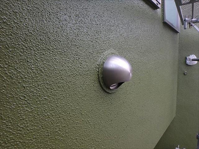 リシン外壁の艶有り感