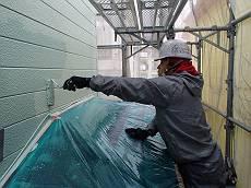 外壁上塗りの様子です。