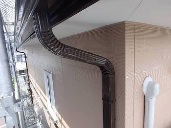 施工後の外壁です。2階は既存色で塗り替えました。
