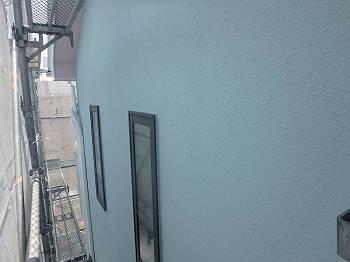 施工後の外壁です。以前より明るい雰囲気になりました。