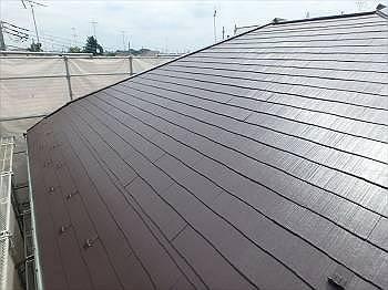 施工後の屋根です。 コケに覆われて酷い状態でしたがきれいに輝いています。