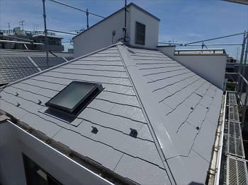 施工後の屋根です。遮熱塗料の効果で夏も快適に過ごせるといいですね!