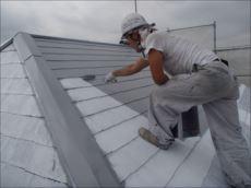 屋根塗装中塗り (快適サーモSi)