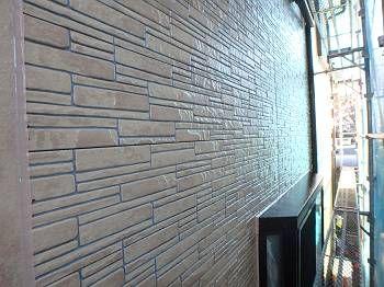 施工後の外壁です。ツヤがよく出ているのが分かります。