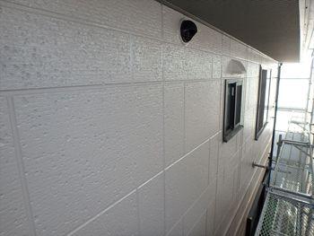 丁寧に塗装した外壁はとても美しいですね。