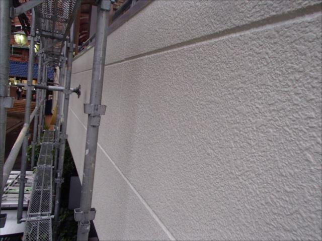 施工後の外壁です。深い艶が出ています。