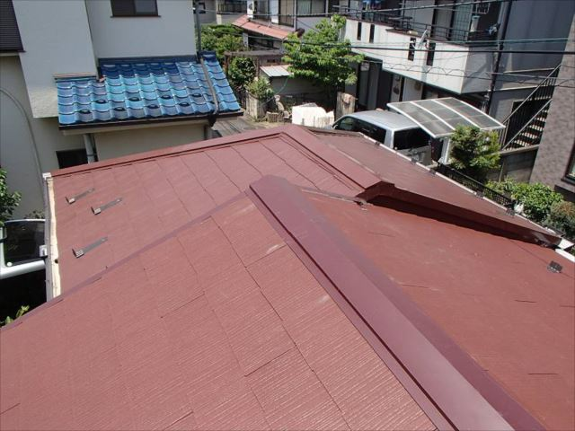 スレートは増築部分のスレートの色に合わせました。