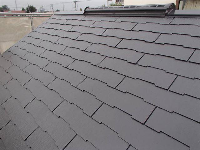 屋根には遮熱塗料の「クールタイト」を使用しました。