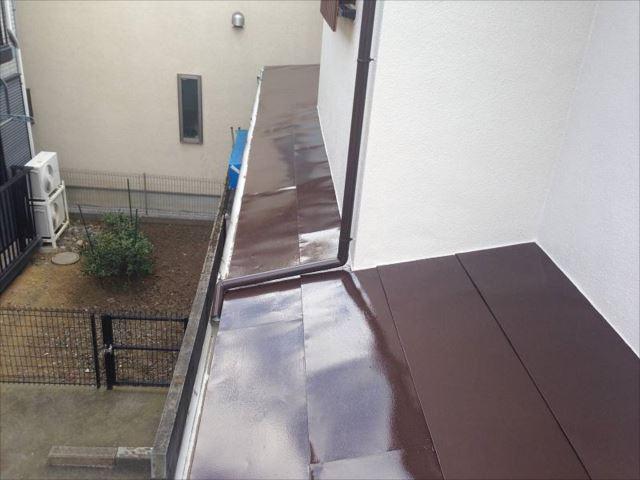 トタン屋根には遮熱塗料使用したので遮熱塗料の効果を体感できる日が待ち遠しいですね。