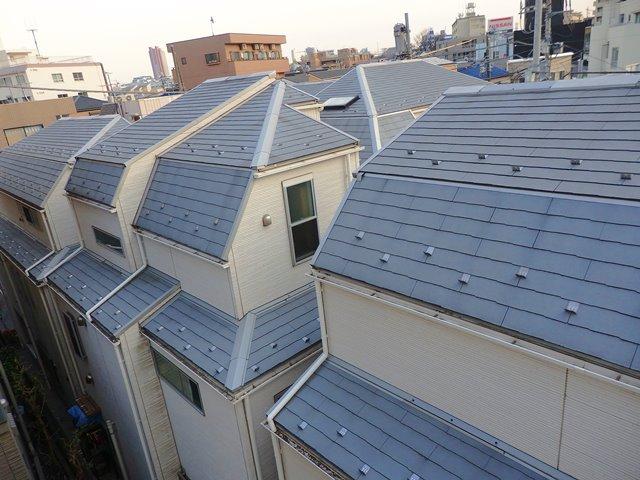 新築戸建てのグレーの屋根