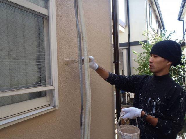 外壁塗装にはSK化研の「水性セラミシリコン」を使用しました。