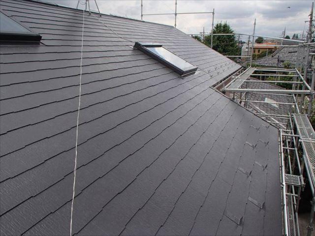 施工後の屋根です。遮熱塗料で綺麗に塗り替えられました。