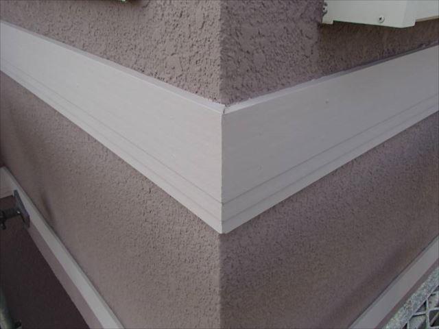 表面の劣化が激しかった帯板もきれいに修復されました。
