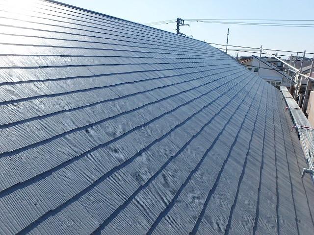 遮熱塗料のグレーで塗った屋根