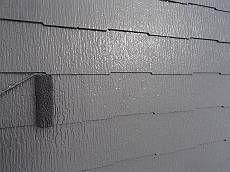 中塗り・上塗りは遮熱塗料クールタイトです。