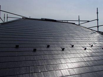 既存の屋根部分は遮熱塗料で塗りました。