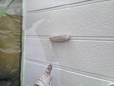 中塗り・上塗りには水性塗料を使用しました。