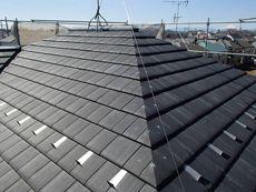 特徴のある屋根材はハウスメーカーさんならではのこだわり。