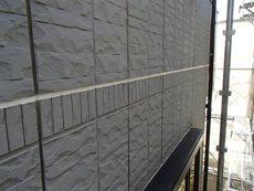 パネル外壁の目地シールは大変重要な部分です。