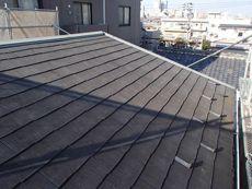 屋根は色褪せがある程度で特に大きな問題はありません。