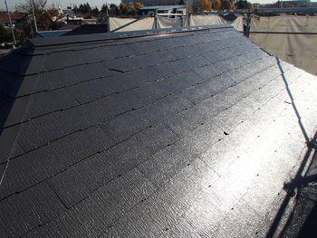 屋根は遮熱塗料で塗っています。