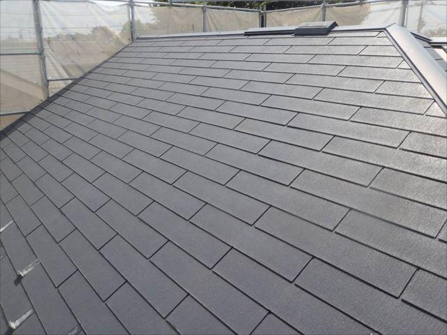 高圧洗浄できれいになった屋根。