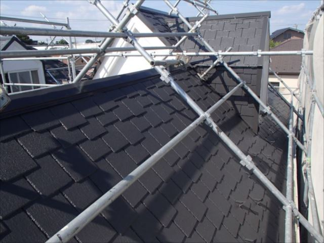 施工後の屋根です。生まれ変わったように綺麗になりました。