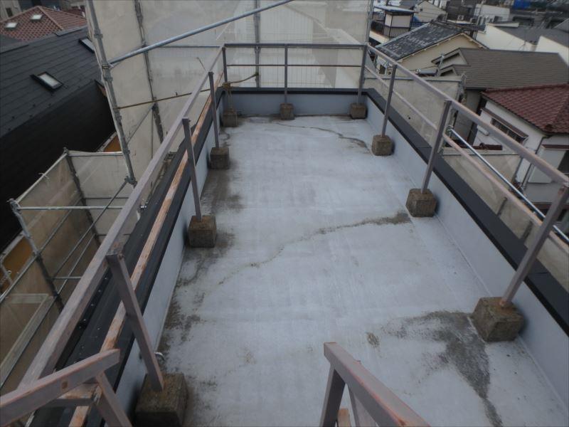 屋上防水塗装(ビフォー)
