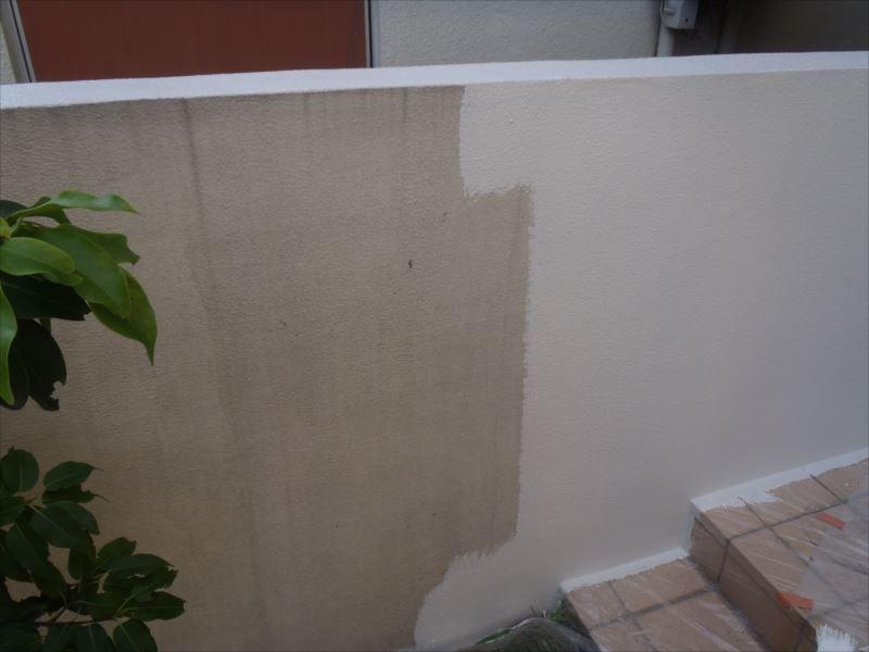塀塗装中塗り
