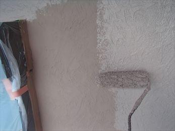 雨樋塗装、外壁上塗り
