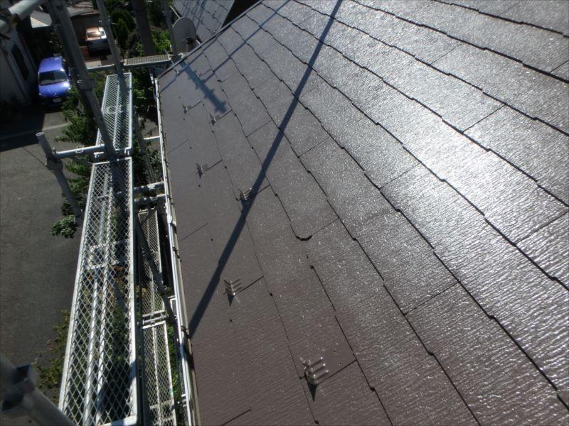 屋根は遮熱塗料で塗装されました