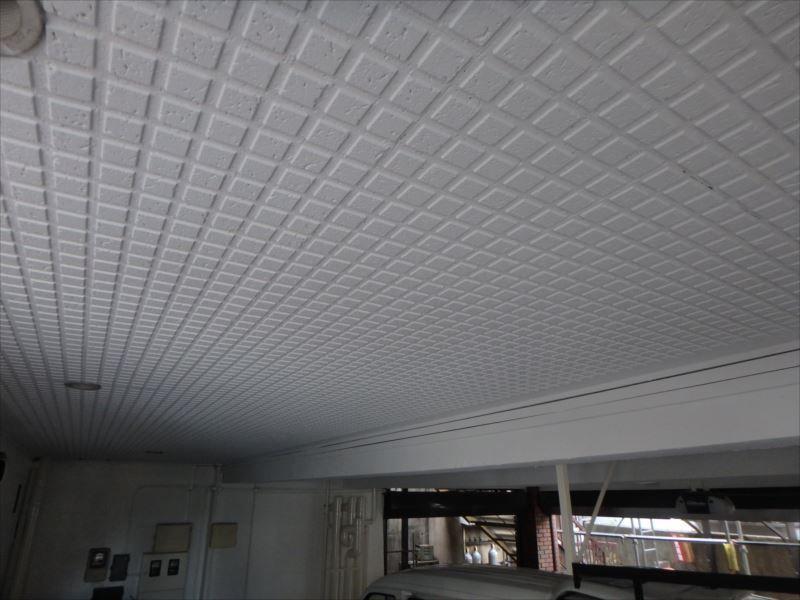 ガレージ天井の様子。