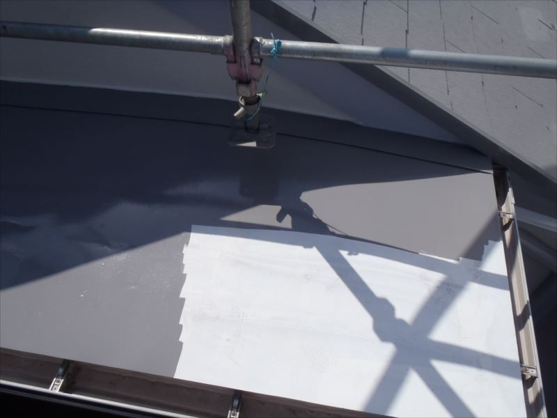 鉄部上塗り 下屋根