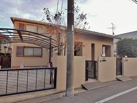 2世帯住宅の外壁塗装なら、屋根は遮熱塗料が必須です!
