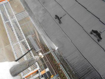 コロニアル屋根の高圧洗浄