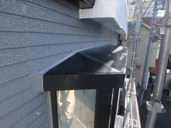 施工後 出窓屋根