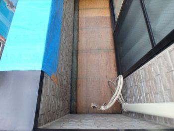 防水塗装 ベニヤ敷き、プライマー塗布