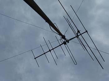 古いタイプのアナログアンテナの撤去もしました。