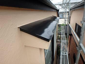 施工後の出窓屋根です。
