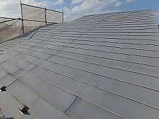 施工前のアルミ製の横葺き金属屋根