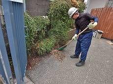 足場撤去後の清掃