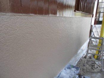 外壁モルタル上塗り