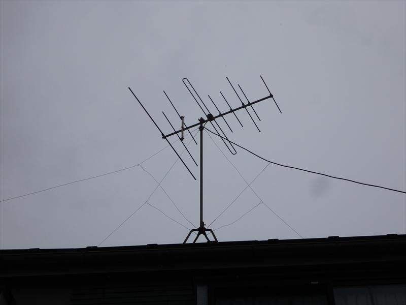 アンテナを撤去するので、アンテナの写真を撮影しておきます。