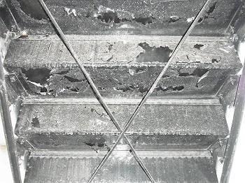 施工前 アパート階段