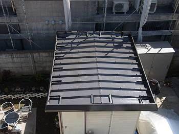 施工後 敷地内小屋屋根