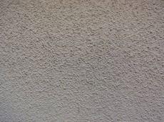 塗膜劣化によりパサパサになった外壁