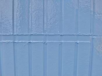 施工後のサイディング目地です。 外壁とそん色なく、自然に仕上がっています。